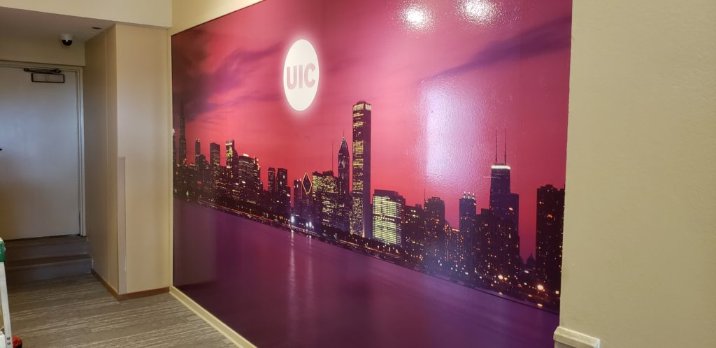 Wall mural with Chicago skyline and UIC logo